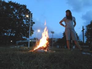 Aus dem Jugendferienprogramm 2014: Chilliger Lagerfeuerabend in der Neustadt